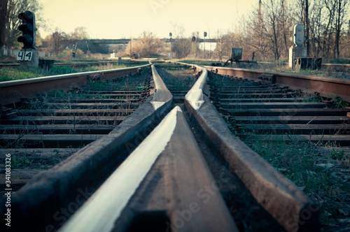 Large empty railroad crossing with bifurcation Canvas-taulu