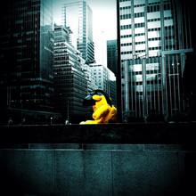 Giant Yellow Teddy Bear Sculpt...