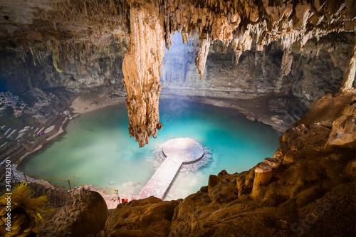 Cenote ubicado en valladolid