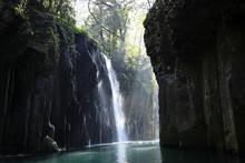 高千穂峡と真名井の滝...