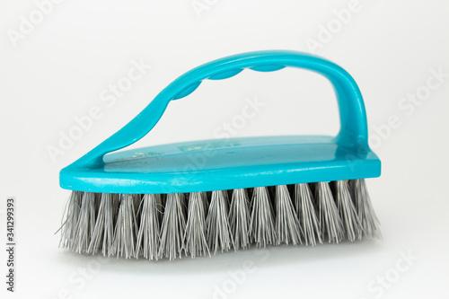 Obraz cleaning brushes on a white background - fototapety do salonu
