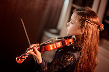 Cute Girl Plays The Violin, Lo...