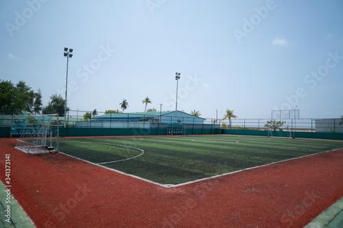 Obraz Tropikalne boisko do piłki nożnej. - fototapety do salonu