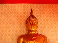 Beautiful Golden Buddha Statue...