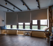 Motorized Roller Shades In The...