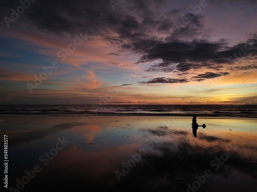 Photo sunset at the beach