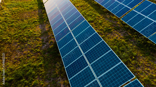 Photo Solar panel, photovoltaic, alternative electricity source - selective focus, cop