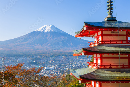 Fototapety, obrazy: Fuji with Chureito Pagoda in autumn, Fujiyoshida