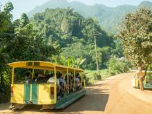 Tour Bus Tham Luang Cave - Khu...