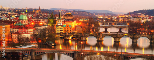Fotografie, Obraz Bridges over the Vltava River, Prague by night