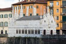 Santa Maria Della Spina Against Buildings In City