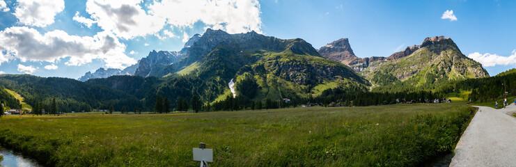 Panorami montani all'Alpe Devero, Baceno, Alpi Lepontine, Ossola, Piemonte, Italia