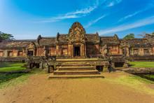 Khao Phanom Rung Castle,Prasat Hin Phanom Rung,Phanom Rung ,Khao Phanom Rung Castle In Thailand.