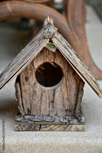 Billede på lærred Wooden Birdhouse
