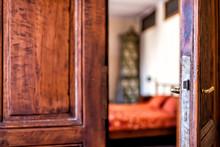 Antique Vintage Wooden Bedroom...
