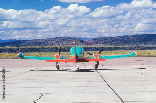 Photo An airplane in Albuquerque, New Mexico