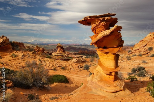 Canvas Print Rock Formations On Landscape Against Cloudy Sky