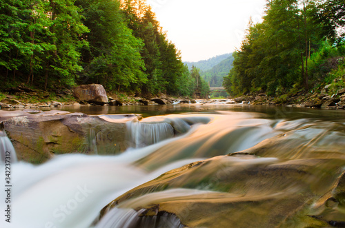 Obraz na plátně Scenic View Of Waterfall