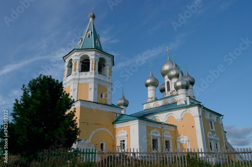Church of the Resurrection of Christ in the village of Matigory of the Archangel diocese Canvas Print