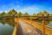 Enlightened City Hall Is Located In The Ancient Province Of Samut Prakan.