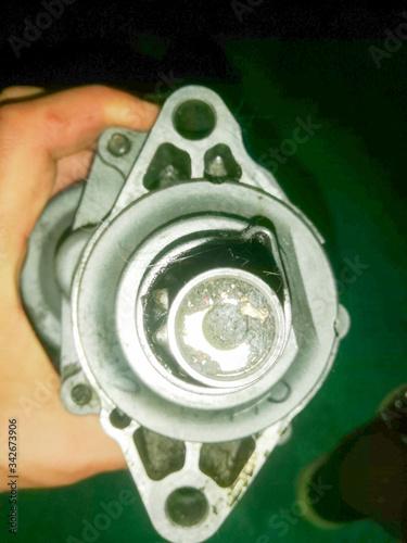 Fotografie, Obraz marcha, starter, motor para encender el motor de combustion interna de un auto