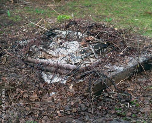 Abandoned extinct bonfire Fototapet