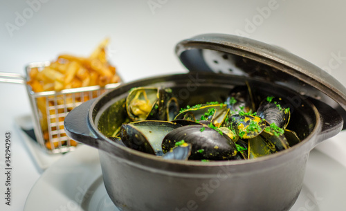 Photo Moules marinières frites