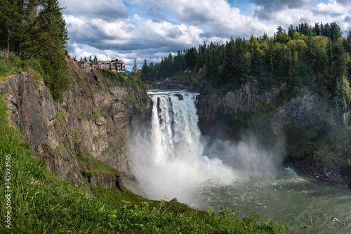 Pano Waterfall H