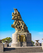 Victory Monument Statue May 5t...