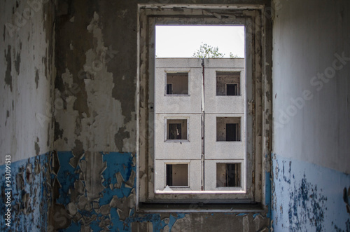 Fotografie, Tablou abandoned ghost town, extinct barracks