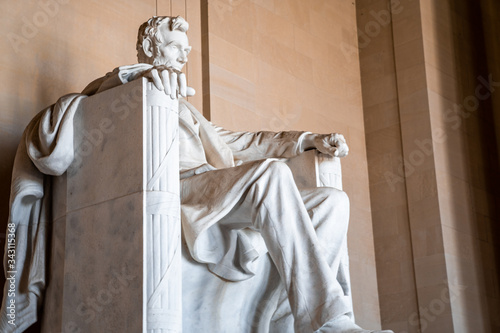 Abraham LIncoln statue inside Lincoln Memorial, built to honor the 16th Presiden Canvas Print