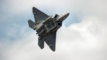 F22 Raptor Flyby With Bomb Bay...