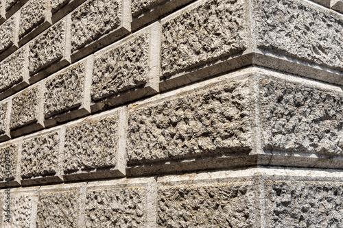 Photo Ashlar (Bugnato in Italian), closeup of a wall made of big blocks of stones in V