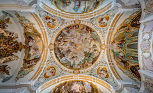 Kirche, Wallfahrtskirche, St. Maria Himmelfahrt, Marienberg, Burghausen, Landkreis Altötting, Oberbayern, Bayern, Deutschland, Innen