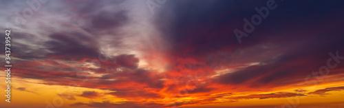 Obraz dramatic, fiery sky-panorama - fototapety do salonu