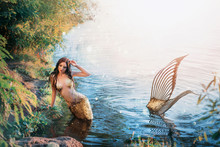 Fantasy Woman Real Mermaid Myt...