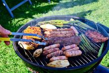 Grillen Im Sommer Grill Fleisc...