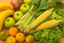 Set Of Fresh Vegetables And Fr...