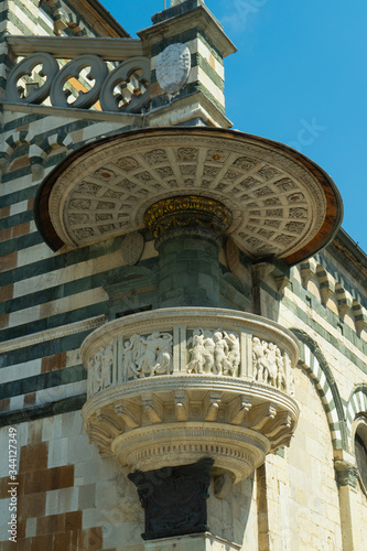 фотография View of the famous pulpit of Donatello on the front of the church S