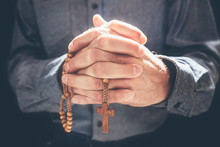 Praying Hands With Crucifix Re...