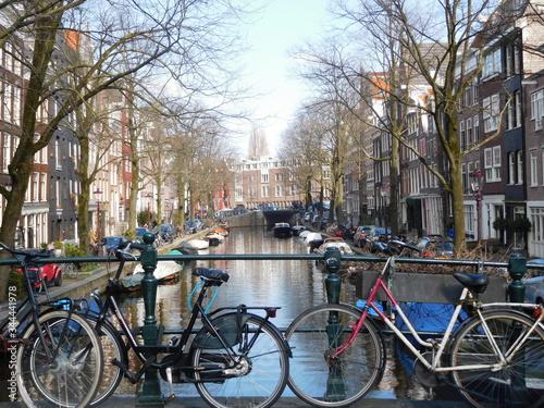 Fototapety, obrazy: bikes in amsterdam netherlands