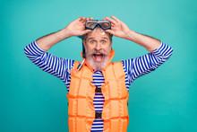 Photo Of Shocked Crazy Aged Se...