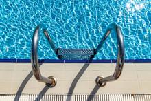Grab Bars Ladder In The Swimmi...