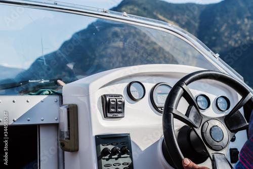 Fotografia Steering wheel and dashboard of a pleasure boat