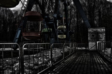 Old, Scary And Abandoned Amusement Park In Russia