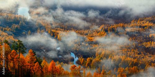 jesien-pod-chmurami