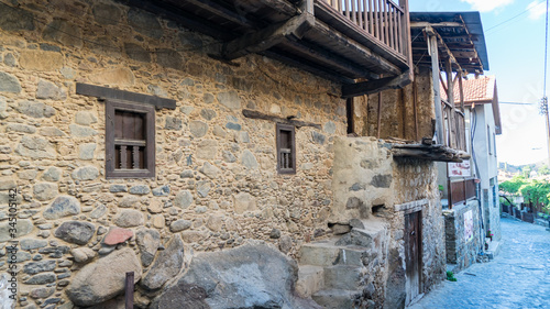 Fototapety, obrazy: Old hauses and narrow streets of Kakopetria village in Cyprus.