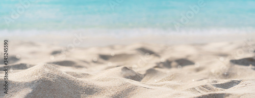 Obraz Tropical beautiful sand beach and clear water with copy space, Summer vacation web banner - fototapety do salonu