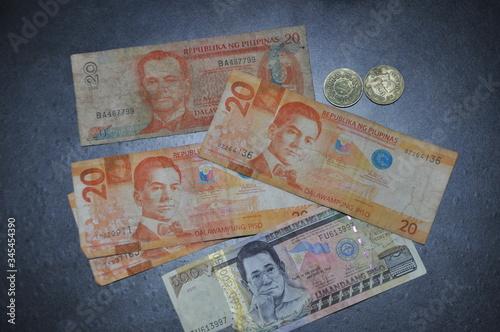 通貨 Canvas Print