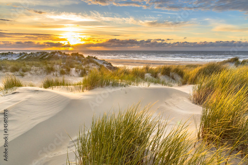 Obraz View from dune top over North Sea - fototapety do salonu
